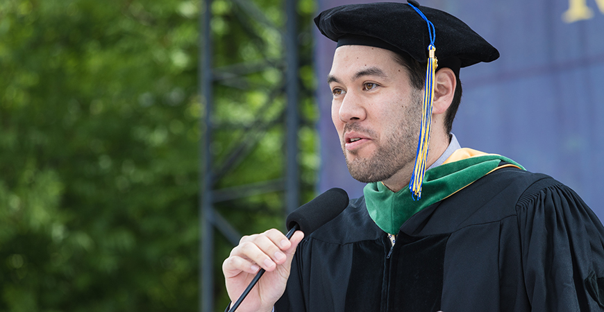 Jason Castillo ('09), now a dermatologist and surgeon in Southern California, gives the alumni speech to the schools of Natural Sciences and Engineering at the spring 2019 commencement.